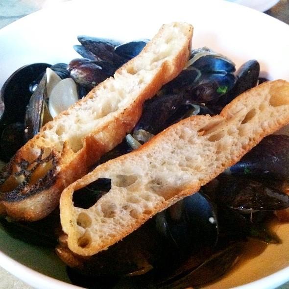 Bacon & Blue Mussels - Rustico, Alexandria, VA