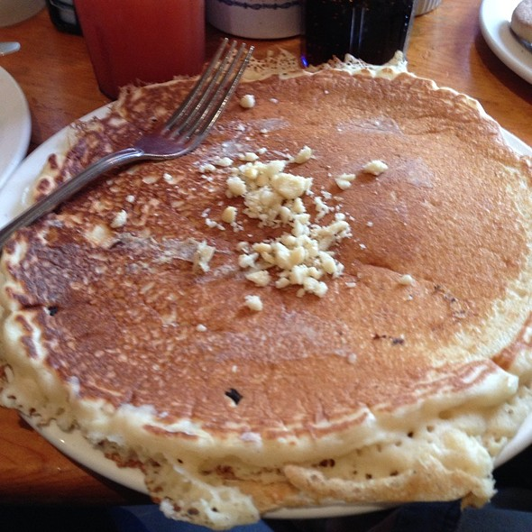 macadamia nut pancake - Charley's Restaurant & Saloon, Paia, HI