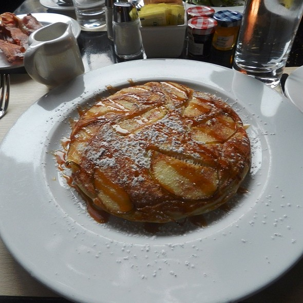 apple pancakes - Roxy Bar, New York, NY