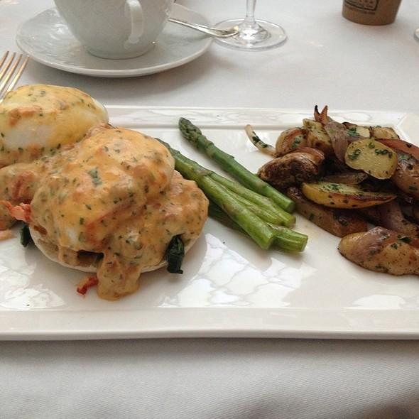 Lobster Egg Benedict - Greenhouse at the Jefferson Hotel Washington DC, Washington, DC