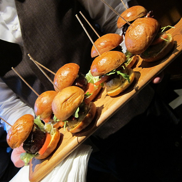 Sliders - Daily Grill - Downtown DC, Washington, DC