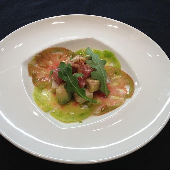 Ahi Tuna Salad - The Art Gallery @ Four Seasons Hotel Westlake, Westlake Village, CA