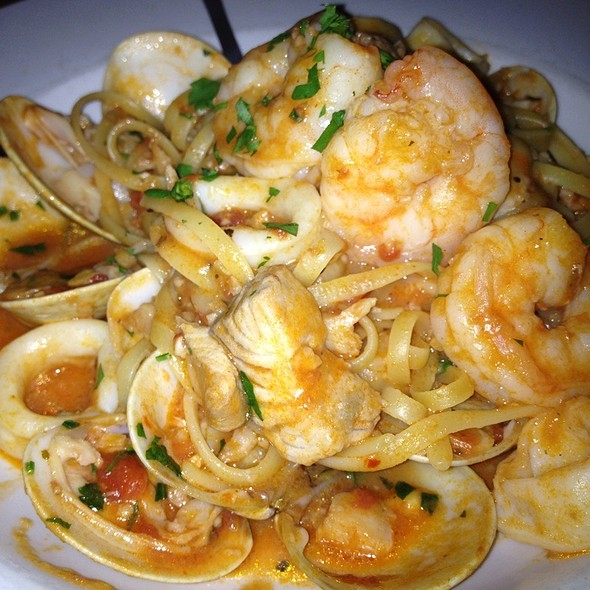 Linguini Pescatore - Colore Italian Restaurant & Pizzeria, Englewood, CO