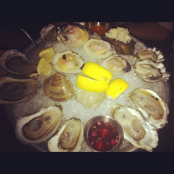 Oyster - Zee Grill, Toronto, ON