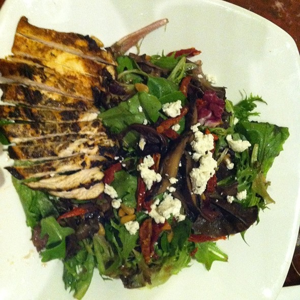 Portobello Mushroom Salad With Chicken - alizée, Baltimore, MD