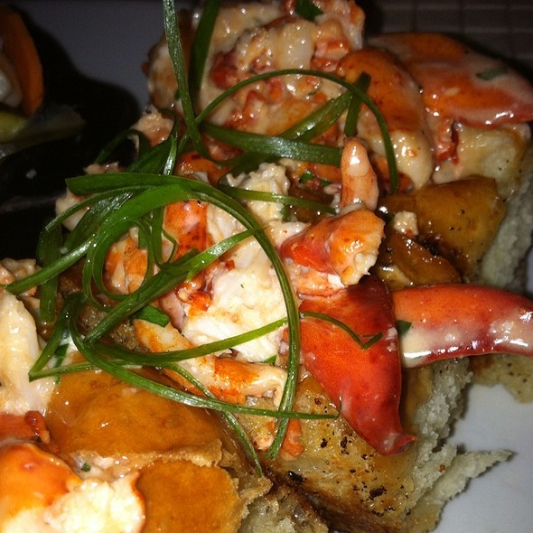 Brown Butter Lobster Rolls - Todd English P.U.B., Las Vegas, NV