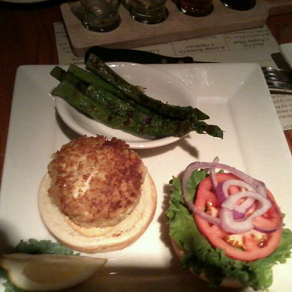 Crabcake Sandwich - The Neighbors Place, Lynchburg, VA