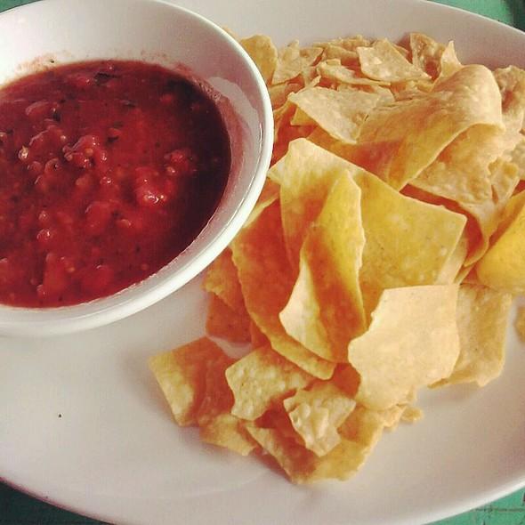 Chips and Salsa - Señor Frog's - Orlando, Orlando, FL