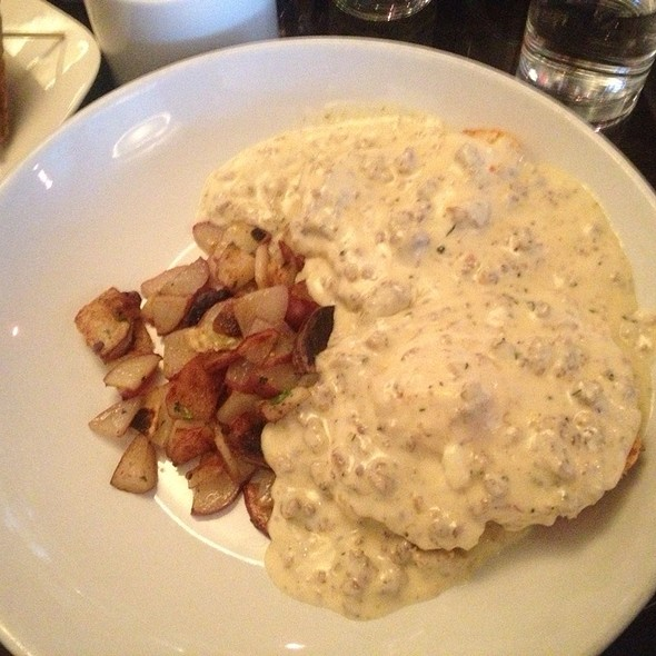 Biscuits and Gravy - Ginger, Anchorage, AK