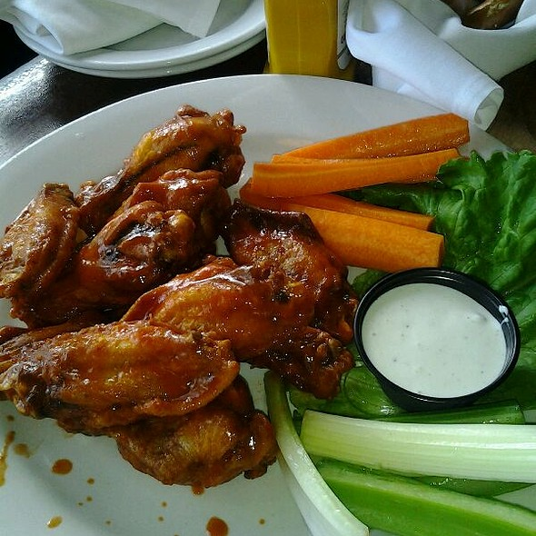 Hot Chicken Wings with Blue cheese - E.R. Bradley's Saloon, West Palm Beach, FL