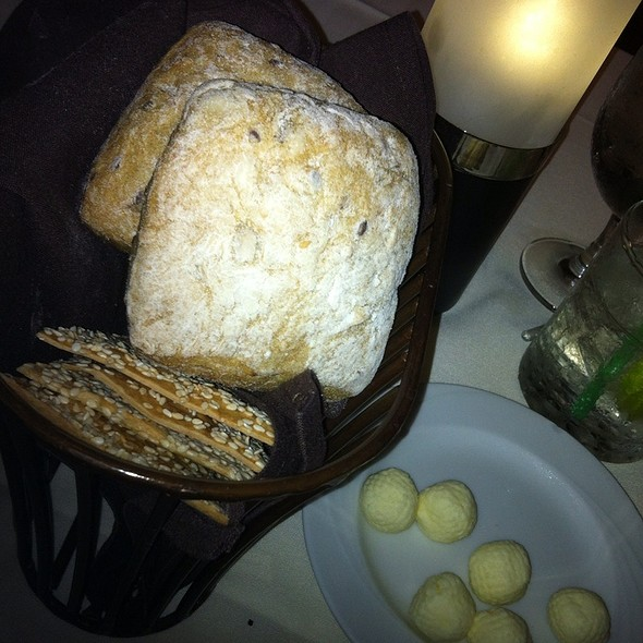 Bread Basket - Bali Steak & Seafood, Honolulu, HI