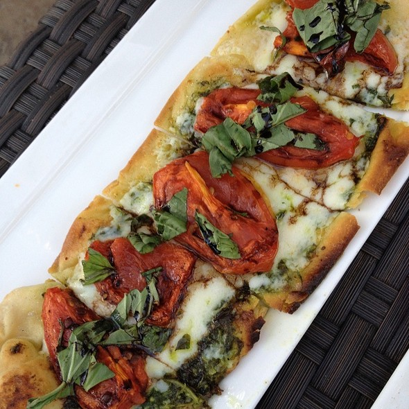 Tomato Pesto Basil Flat Bread - Napa Valley Grille - Westwood, Los Angeles, CA