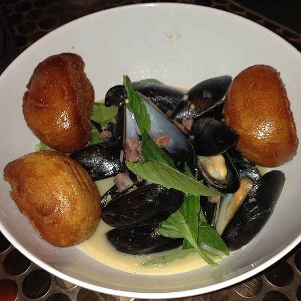 Mussels - Pig and Khao, New York, NY