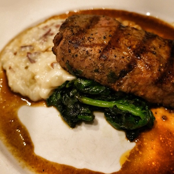 Veal Sirloin With Mashed Potatoes - Peppercorns Grill, Hartford, CT