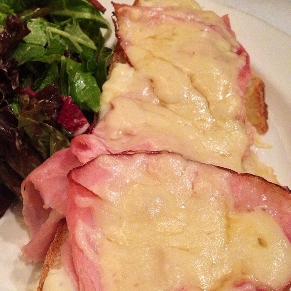 croque monsieur - Le Paradis, Toronto, ON
