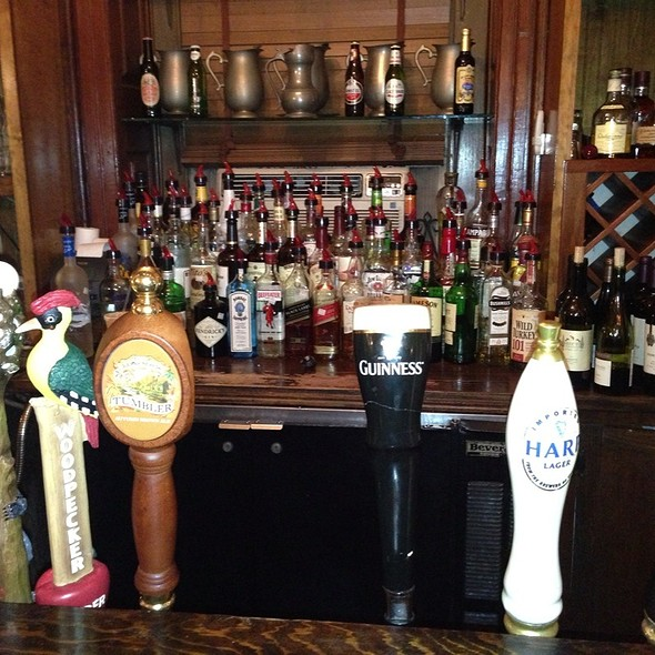 Harps - Hunter's Head Tavern, Upperville, VA