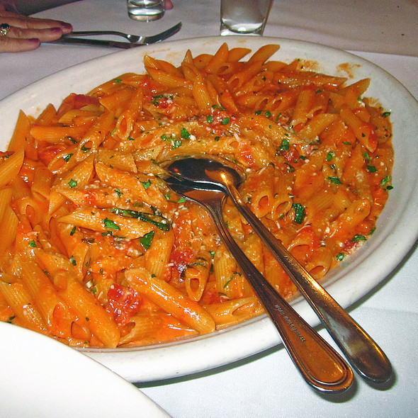 Penne Alla Vodka - Carmine's - 44th Street - NYC, New York, NY