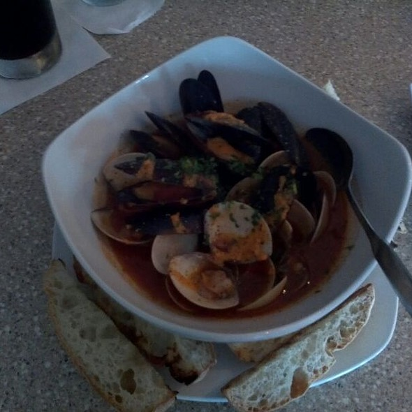 Drinkin' Mussels And Clams - The Bistro at Just Baked, Surf City, NC