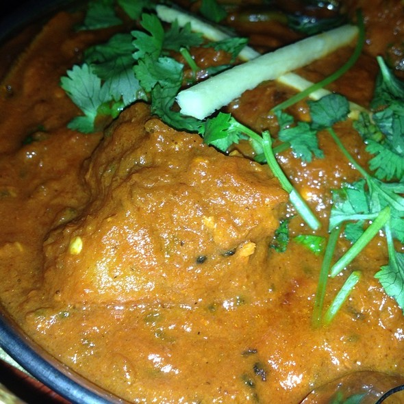 chicken vindaloo - Royal India, Austin, TX