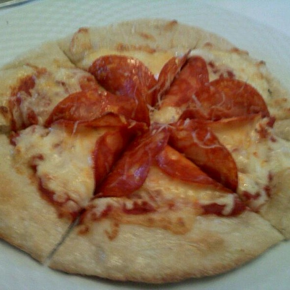 Chorizo, Mozzarella, & Manchego Pizza - French Hound Brasserie, Leesburg, VA