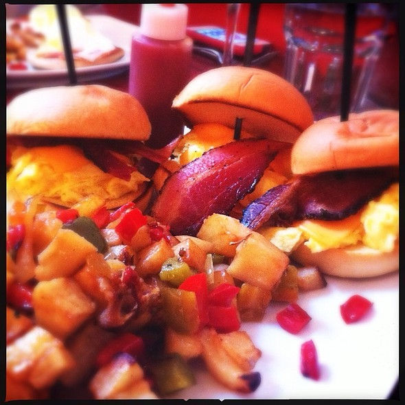 Scramble Sliders - Emma's Ale House, White Plains, NY