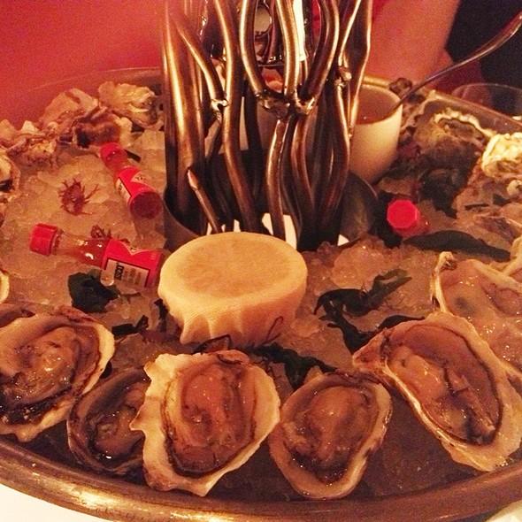 Oysters - Lakeside - Wynn Las Vegas, Las Vegas, NV