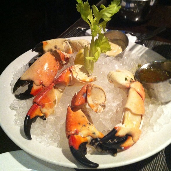 Rock Crab Claws - Reel Club, Oak Brook, IL
