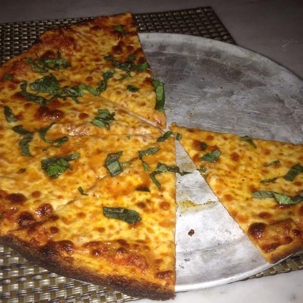 Pele Pizza - Halcyon Brasserie, Montclair, NJ