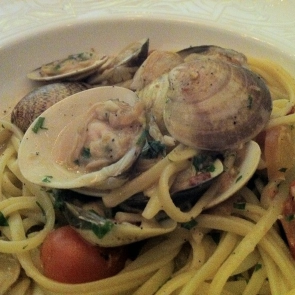Linguini with Clams - Autostrada, Vaughan, ON
