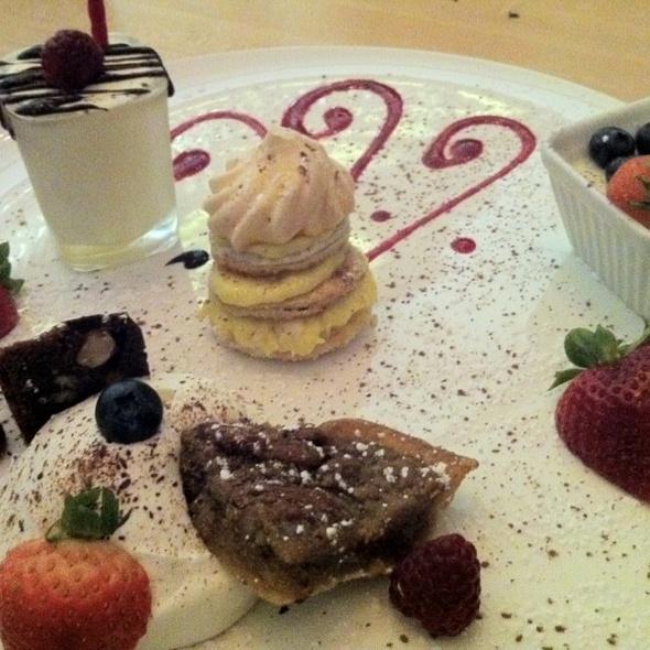Dessert Tasting Platter - Autostrada, Vaughan, ON