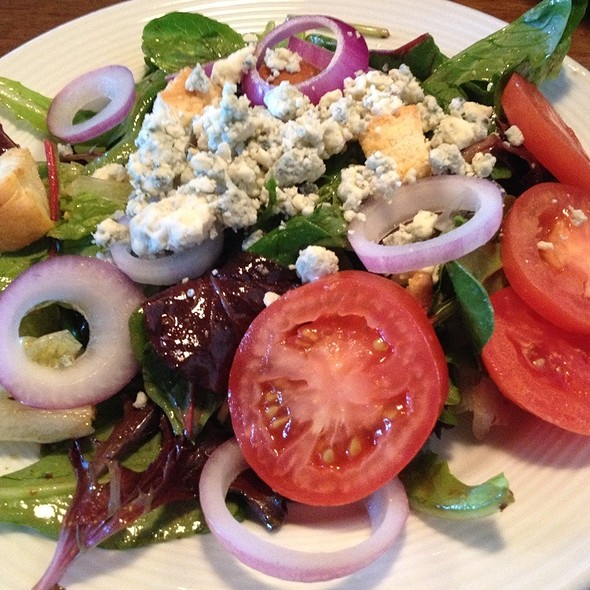 House Salad - Blue Pointe Oyster Bar & Seafood Grill - Ft. Myers, Fort Myers, FL