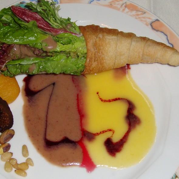Salad - Star of Honolulu - Premier Whale & Lunch, Honolulu, HI