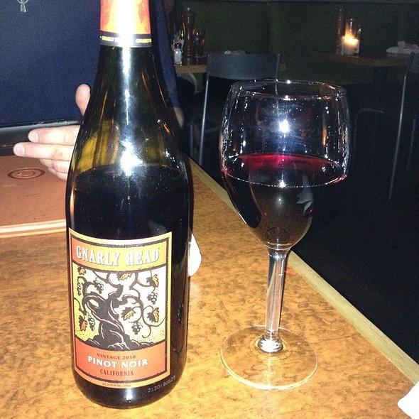 Gnarly Head Pinot Noir - Geogeske, El Paso, TX