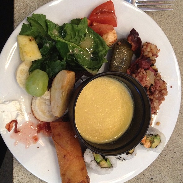 Sunday Brunch Buffet - Perrys, Washington, DC