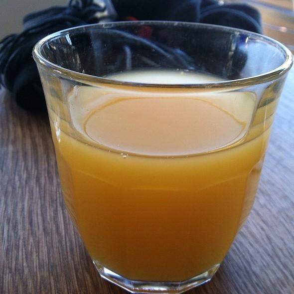 Orange Juice - Momed - Beverly Hills, Beverly Hills, CA