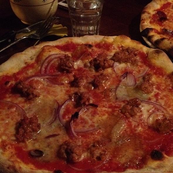 Smendozzata Pizza - Terroni - Queen, Toronto, ON