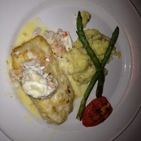 Broiled Mahi Mahi - Chart House Restaurant - Melbourne, Melbourne, FL