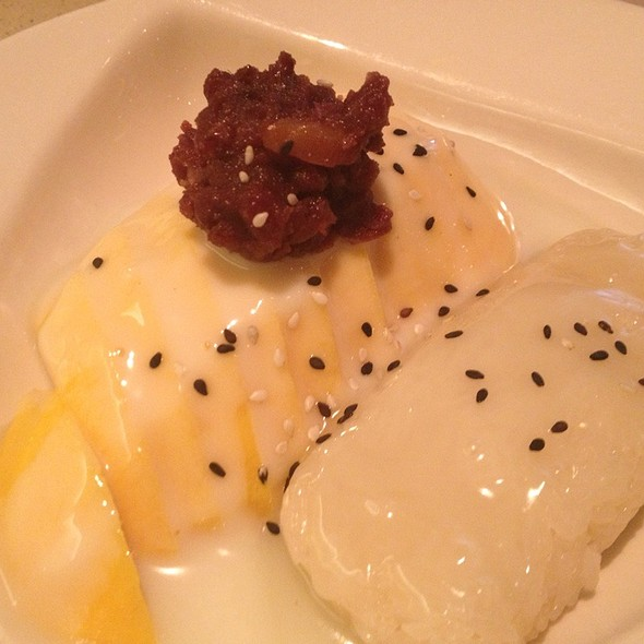 Mango & Sweet Sticky Rice With Coconut Milk - Kiko Japanese, Thai Restaurant & Sake Bar, Plantation, FL