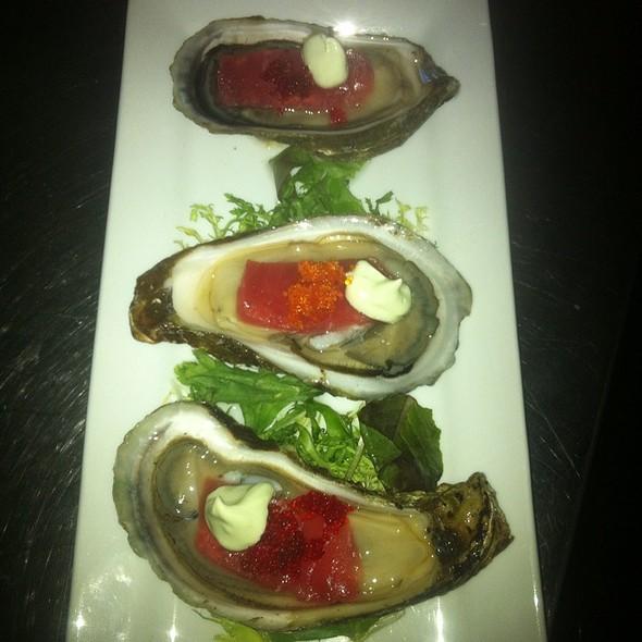 Wallace Bay Oysters - Michaels Restaurant, Key West, FL