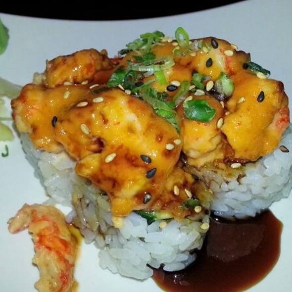 Spicy Lobster Roll - Chomp, Fullerton, CA