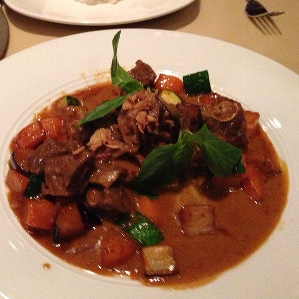 Braised Beef Short Ribs - Linda Modern Thai, Toronto, ON