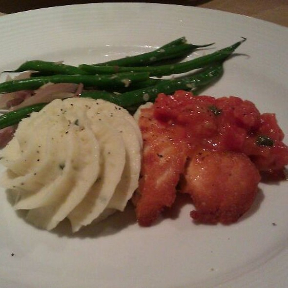 Salmon - Epic Casual Dining, Midvale, UT