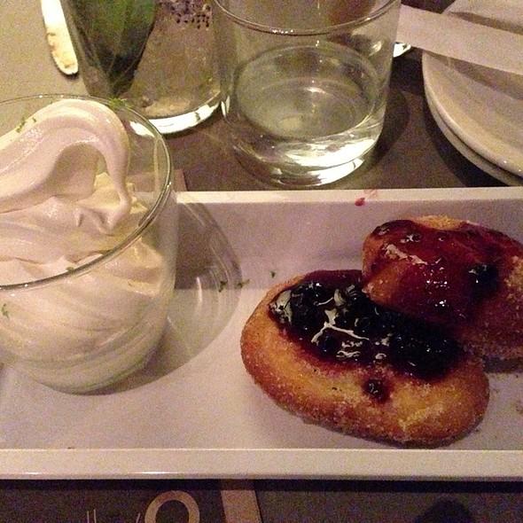 Vietnamese Doughnuts - BellyQ, Chicago, IL