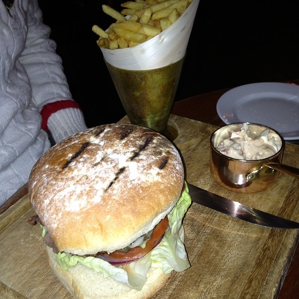 Bistro Burger - Hotel du Vin & Bistro - Brighton, Brighton, East Sussex