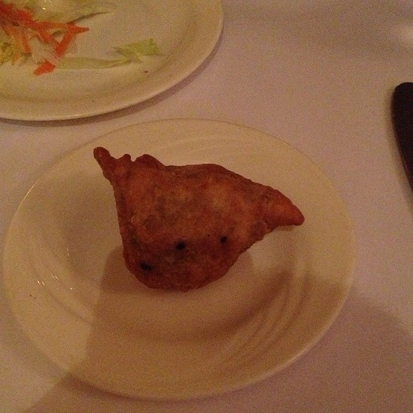 Vegetable Samosa - Taj of India, Washington, DC