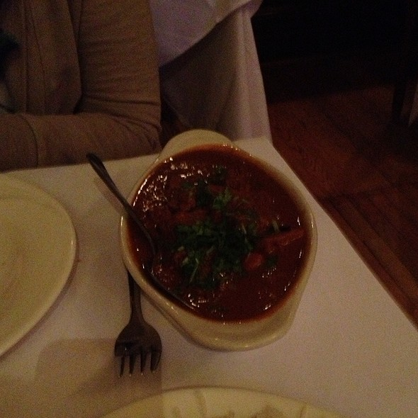 chicken vindaloo - Taj of India, Washington, DC