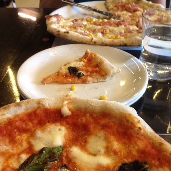 Mais Pizza - Pizzeria Locale, Boulder, CO