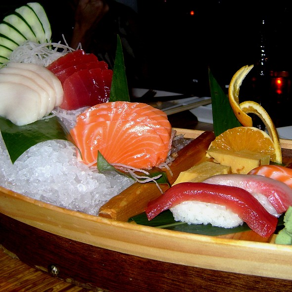 Sushi Boat - COCO Asian Bistro + Bar, Fort Lauderdale, FL