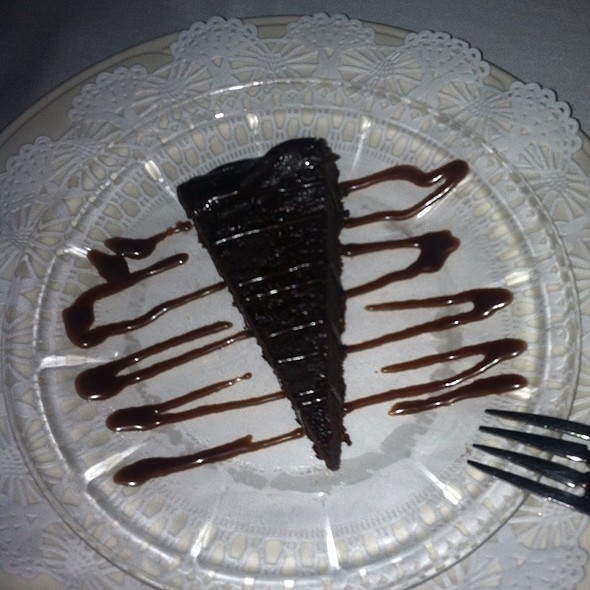 flourless chocolate cake - The English Inn, Eaton Rapids, MI