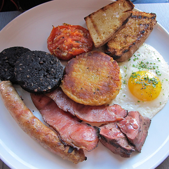 Full Irish Breakfast - Restaurant EVOO, Montréal, QC